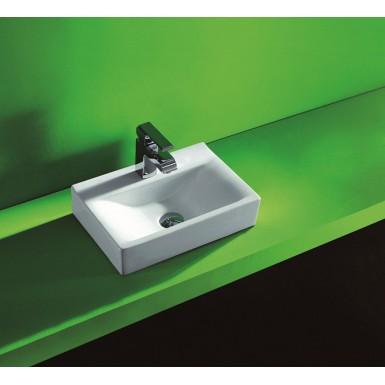 vasque poser en porcelaine maill e orne robinet and co vasque et lavabos. Black Bedroom Furniture Sets. Home Design Ideas