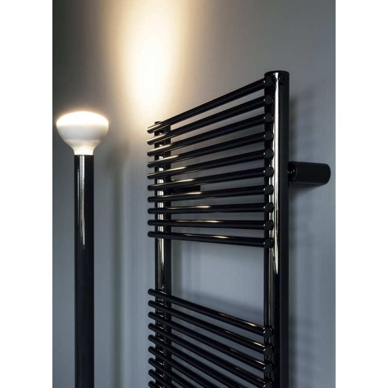 radiateur s che serviette pour chauffage central mod le basics 14 robinet and co radiateur. Black Bedroom Furniture Sets. Home Design Ideas