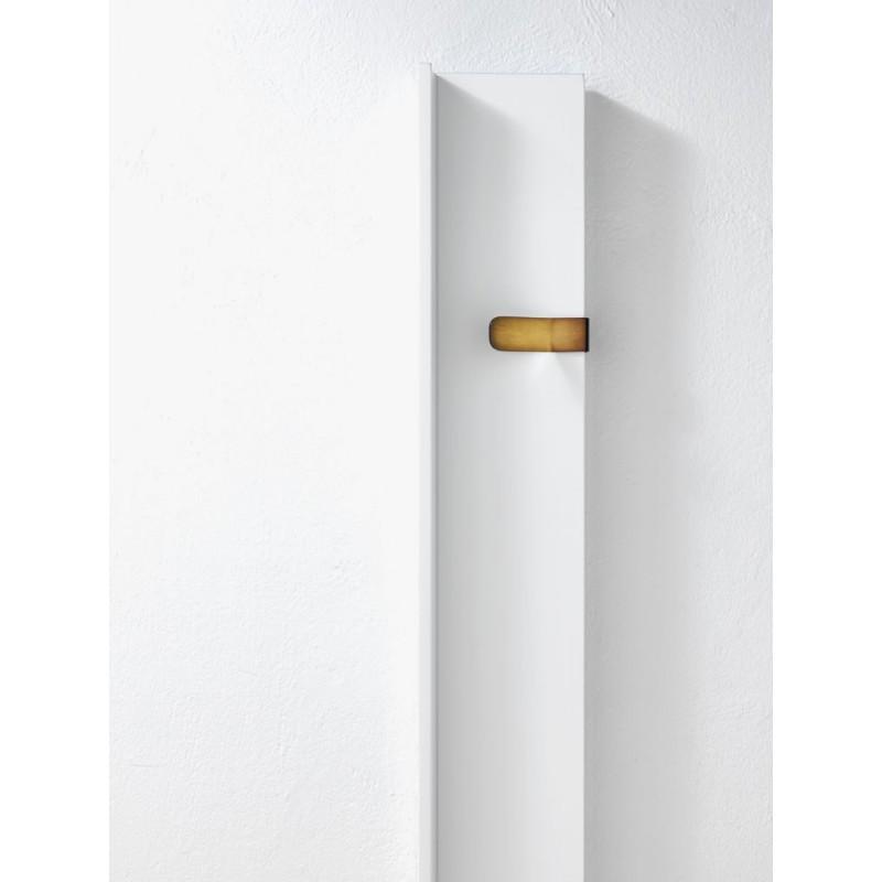 radiateur vertical rift robinet and co radiateur. Black Bedroom Furniture Sets. Home Design Ideas
